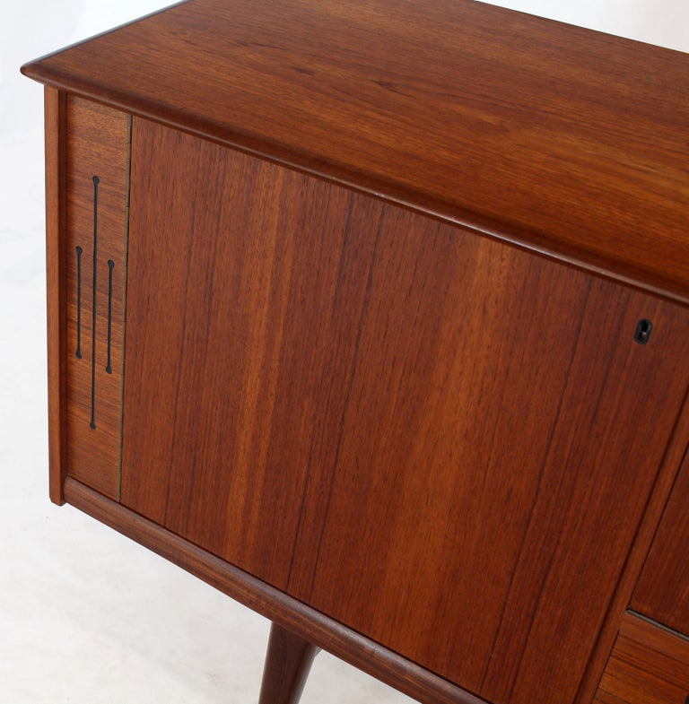 Danish Teak Long Sideboard Credenza with Art Deco Style Etched Glass Insert For Sale 2