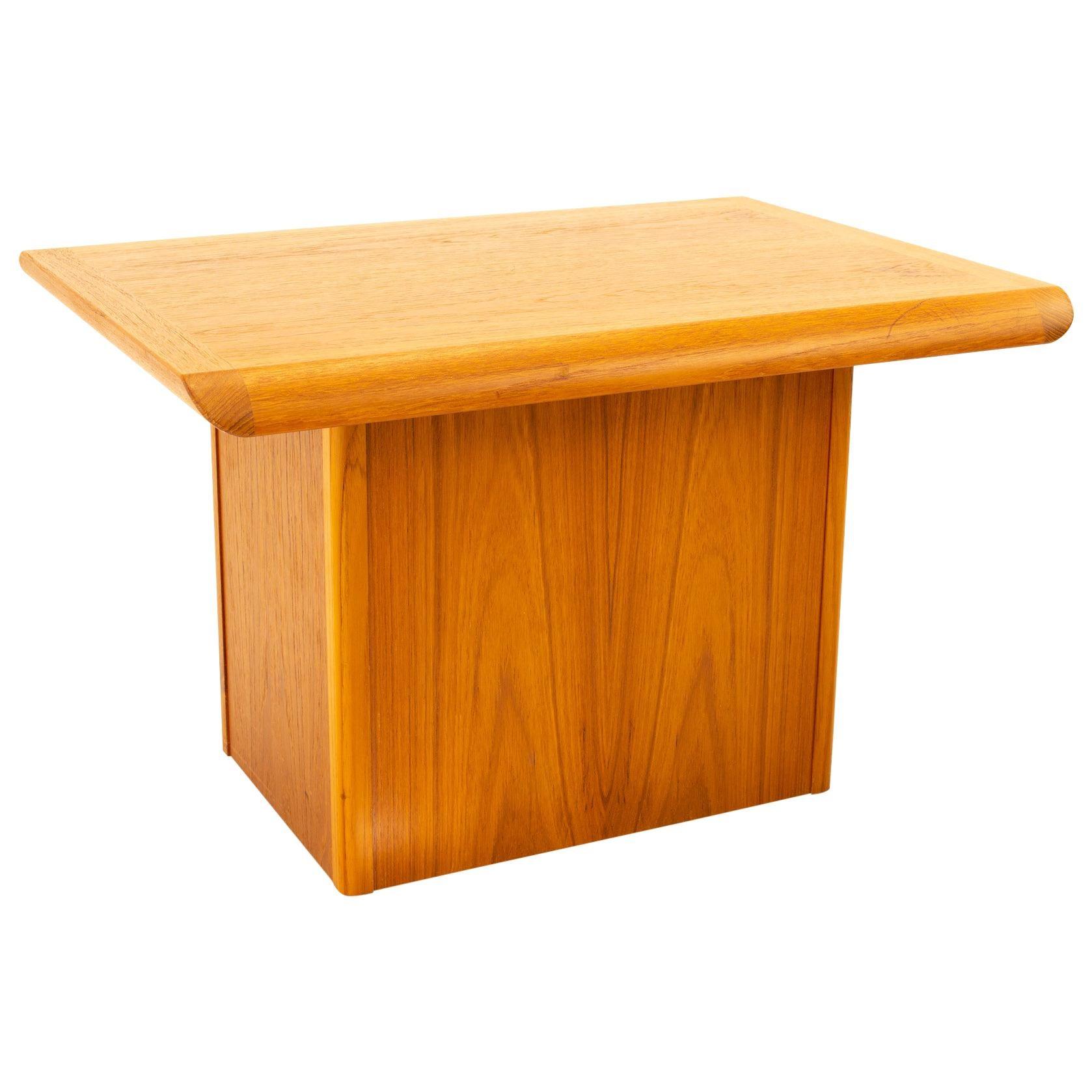 Danish Teak Mid Century Pedestal Base Side End Table
