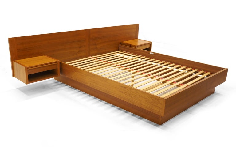 Danish Teak Queen Platform Bed With Built In Floating Nightstands Im