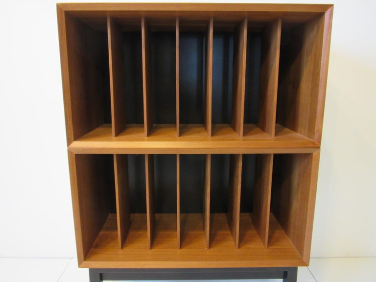 Danish Teak Record Cabinet / Case in the Style of Arne Vodder, Cadovius In Good Condition For Sale In Cincinnati, OH