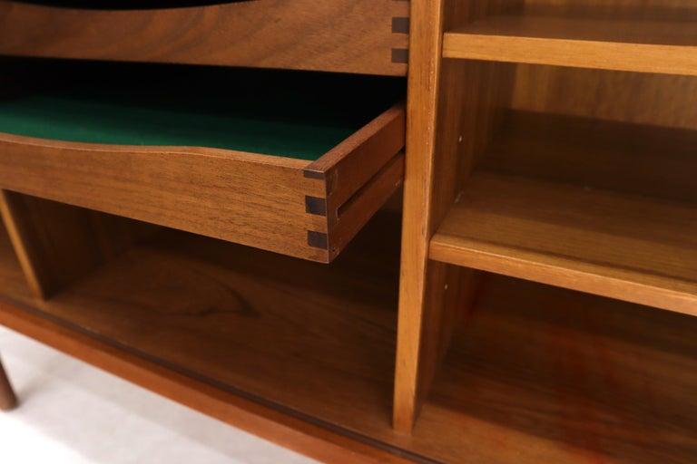 Danish Teak Tambour Doors Long Credenza Dresser Server with Glass Doors Hutch  For Sale 6