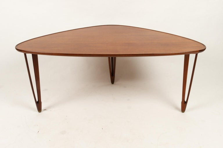Danish Triangular Teak Coffee Tablel, 1950s For Sale 3