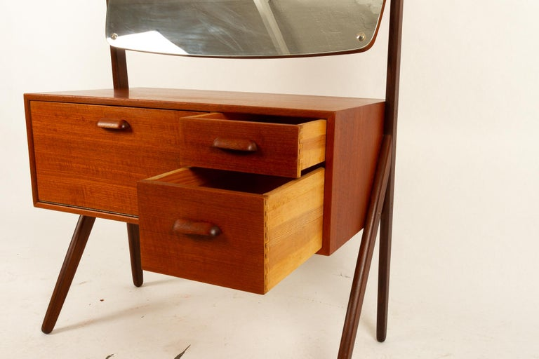 Danish Vintage Teak Vanity by Ølholm, 1960s For Sale 3