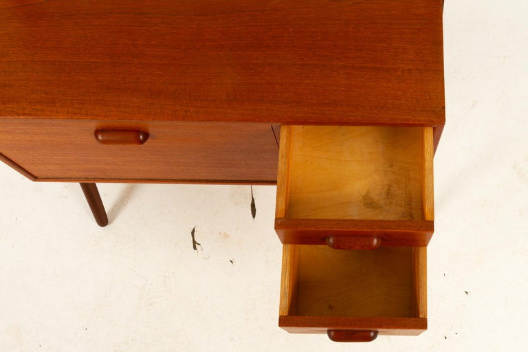 Danish Vintage Teak Vanity by Ølholm, 1960s For Sale 4