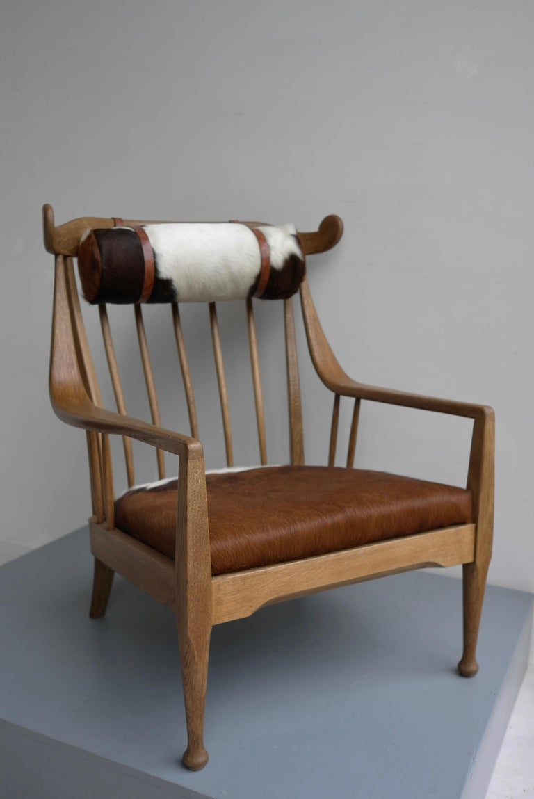 Danish Well Crafted Cowhorn Lounge Chair in Solid Oak with Cowhide and Nekroll For Sale 6