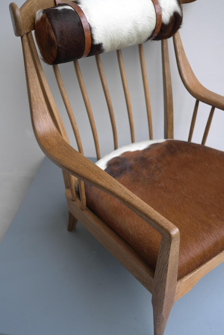 Danish Well Crafted Cowhorn Lounge Chair in Solid Oak with Cowhide and Nekroll For Sale 10