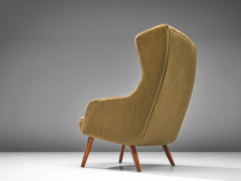 Danish Wingback Chair in Mustard Upholstery by Fritz Hansen In Good Condition For Sale In Waalwijk, NL