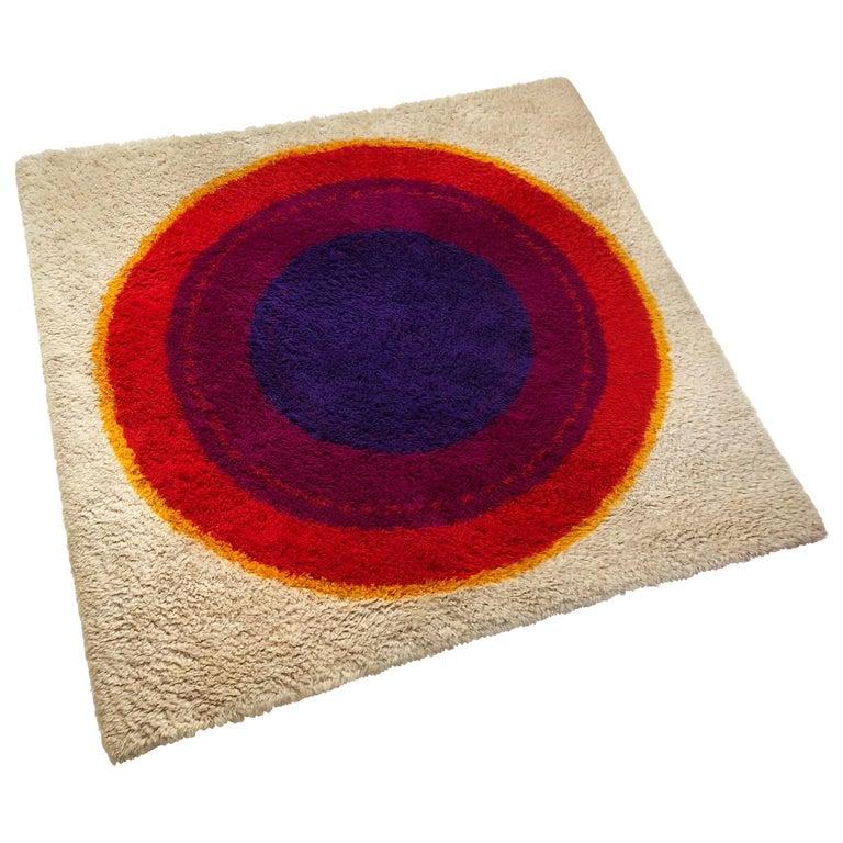 """Danish Wool Rya Rug Tapestry """"Ring"""" by Hojer Eksport Wilton, 1960s, Denmark For Sale"""