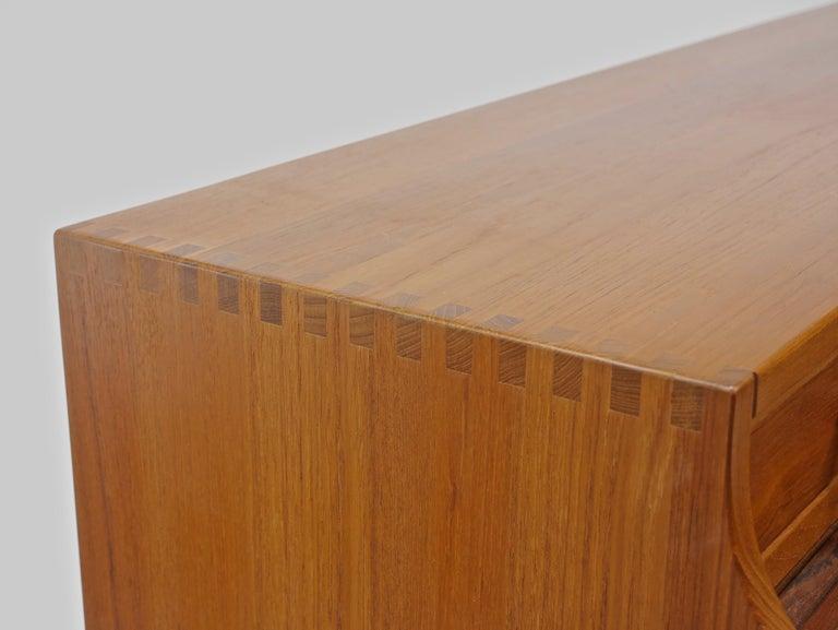 Danish Writer's Desk in Teak by Andreas Hansen For Sale 4