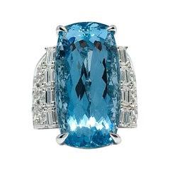 Danwak Collection 18K Gold 20.98 Carat Aquamarine and 1.31 Carat Diamond Ring