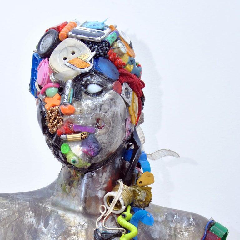 Busto di Donna Sculpture by Dario Tironi For Sale 2