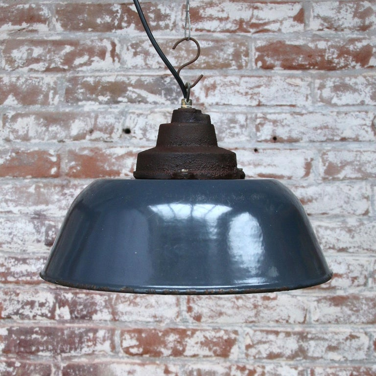 Dark Blue Enamel Vintage Industrial Cast Iron Top Factory Pendant Light In Good Condition For Sale In Amsterdam, NL