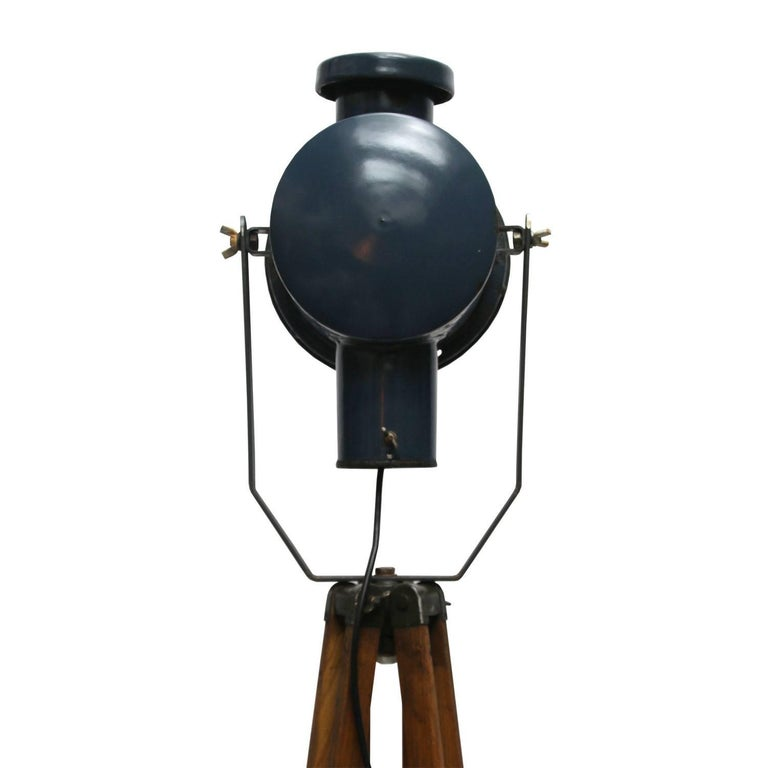 20th Century Dark Blue Enamel Vintage Industrial Wooden Tripod Spot Light Floor Lamp For Sale