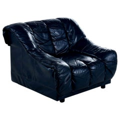 Dark Blue Italian Leather Armchair Lounge Chair in the Manner of De Sede DS-600