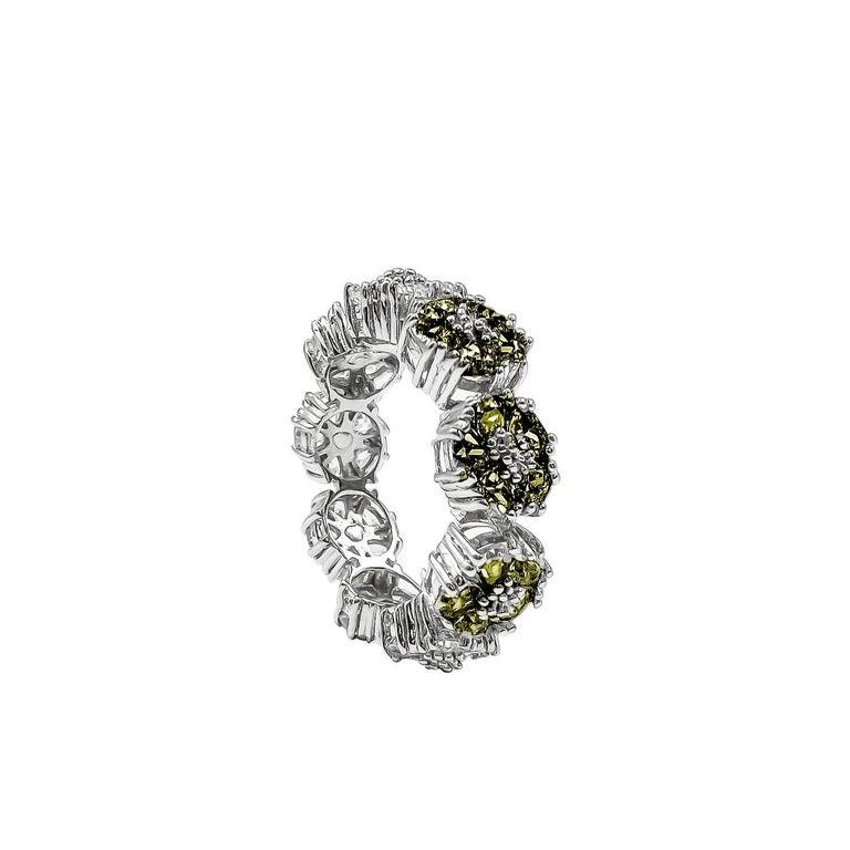 Modern Dark Blue Topaz Blossom Gemstone Trinity Ring For Sale