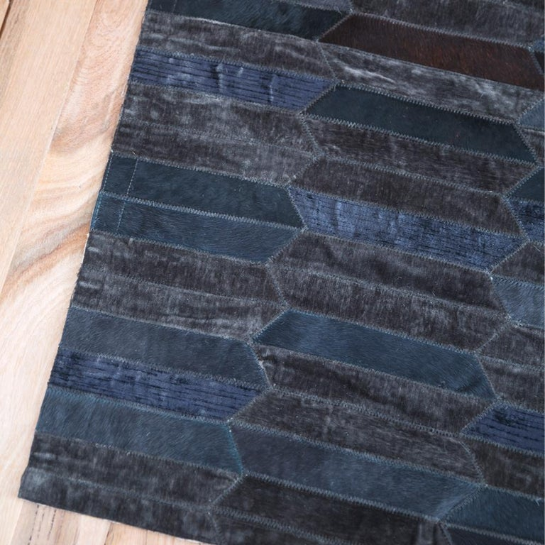 Pakistani Dark Gray Olio Customizable Cowhide and Viscose Area Floor Rug Large For Sale