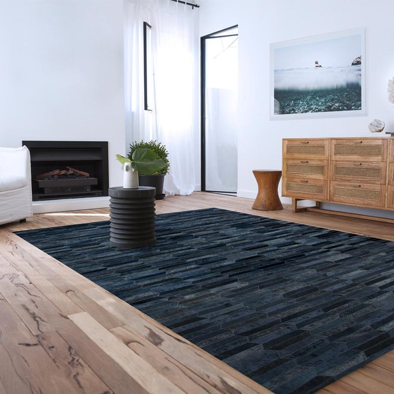 Machine-Made Dark Gray Olio Customizable Cowhide and Viscose Area Floor Rug Large For Sale