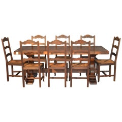 Dunkles Nussbaumholz Fratino Tisch mit Acht Strohstühlen aus Frankreich, 20. Jahrhundert