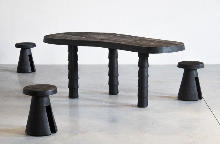 Data Table Four Legged in Oregon by Atelier Thomas Serruys For Sale 3
