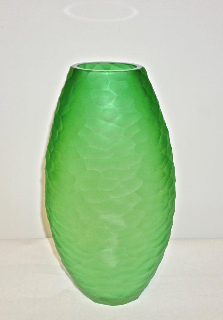 Italian Dated 2007 Modern Apple Green Murano Glass Vase Signed Vivarini & Schiavon For Sale