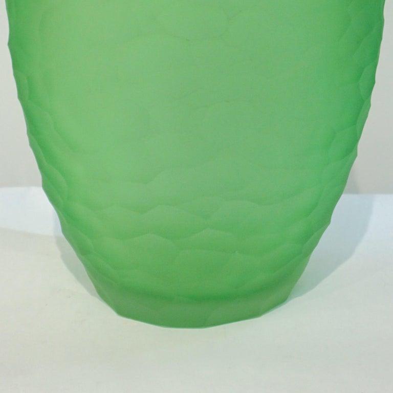 Hand-Carved Dated 2007 Modern Apple Green Murano Glass Vase Signed Vivarini & Schiavon For Sale