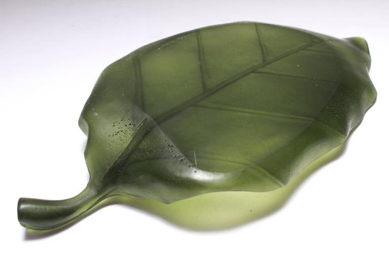 Daum France Art Glass Pate de Verre Leaf Platter In Good Condition For Sale In New York, NY