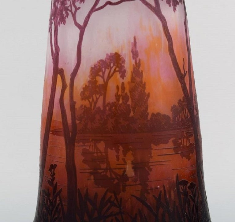 Daum Nancy, France, Large Antique Vase in Art Glass with Landscape and Trees In Excellent Condition For Sale In Copenhagen, Denmark