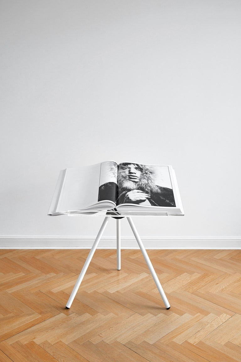 Art Edition (No. 76–150), with the print Jean Shrimpton, 1965. The book and print are both numbered and signed by David Bailey, accompanied by a bookstand designed by Marc Newson and a set of four book jackets featuring John Lennon and Paul