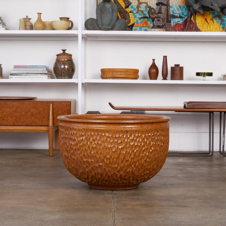 "Glazed David Cressey & Robert Maxwell for Earthgender ""Thumbprint"" Bowl Planter For Sale"