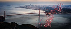 Ballons over San Francisco - city view over golden gate bridge with red ballons