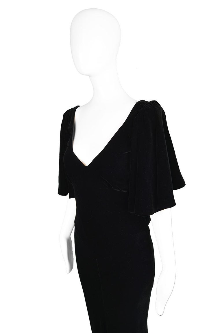 David Fielden Vintage Black Velvet Fishtail Evening Gown In Excellent Condition For Sale In Doncaster, South Yorkshire