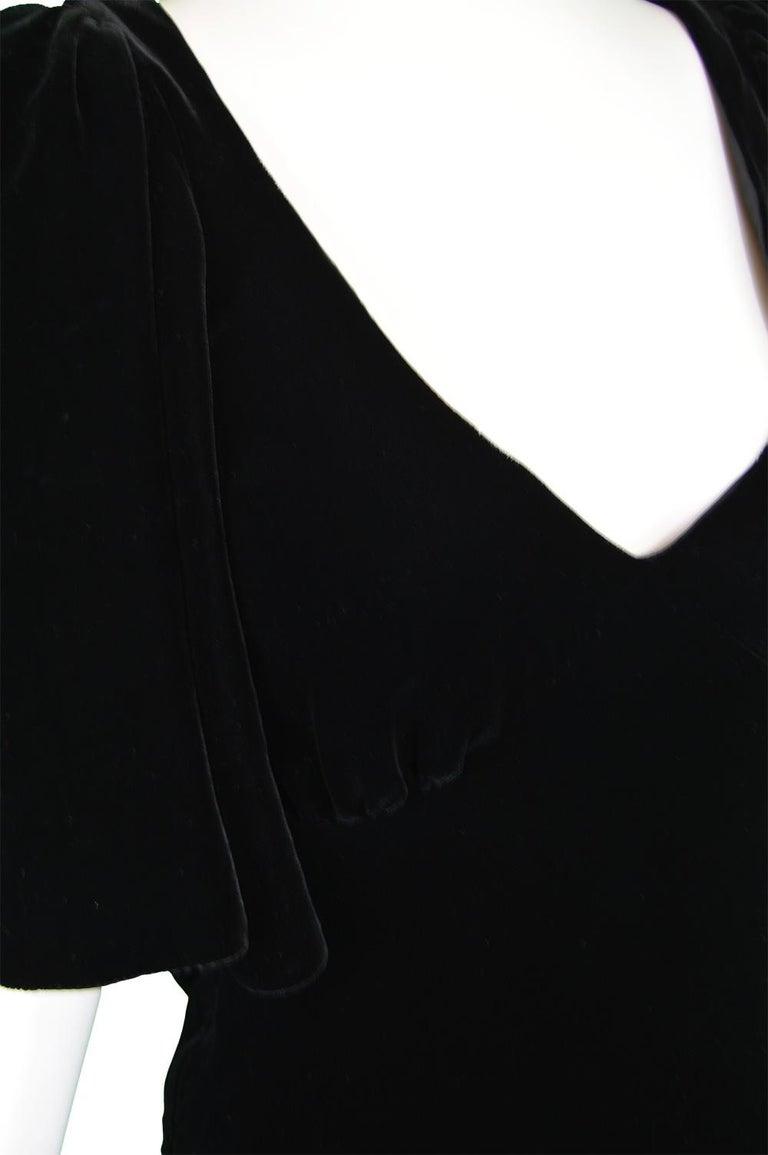 Women's David Fielden Vintage Black Velvet Fishtail Evening Gown For Sale