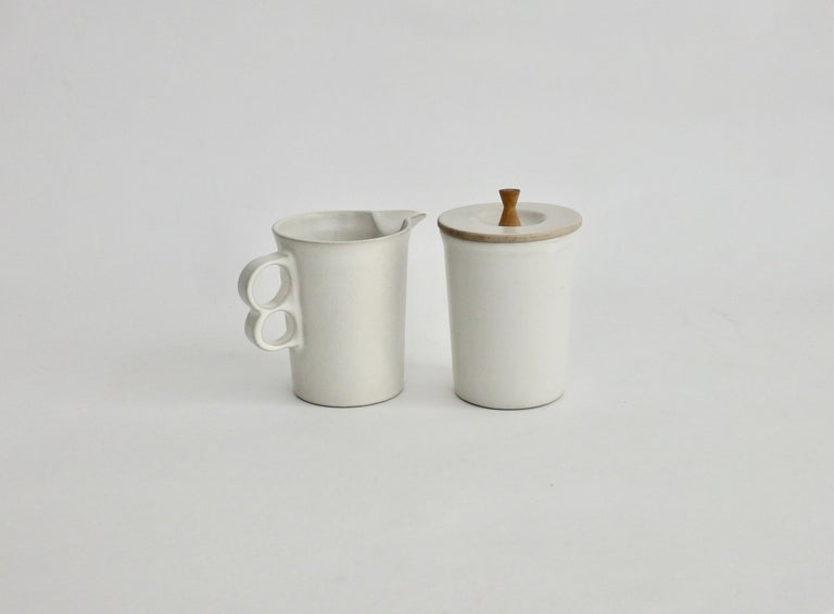 American David Gil Bennington Potters Modernist White Cream and Sugar Vessels