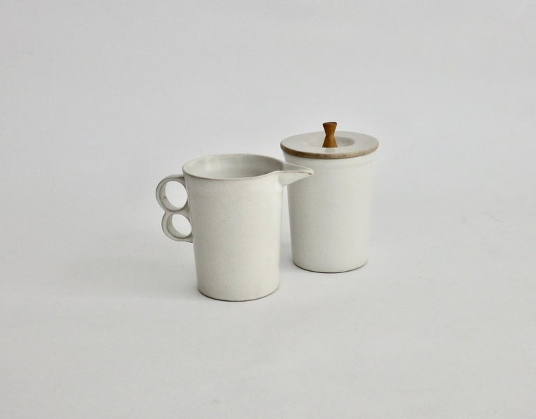 Hand-Crafted David Gil Bennington Potters Modernist White Cream and Sugar Vessels