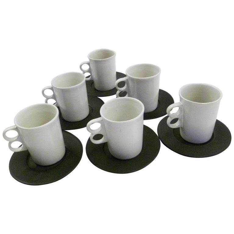 David Gil Bennington Potters Vermont Set 6 White Trigger Mugs 6 Black Saucers For Sale