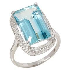 Certified 8.71ct Brazilian Aquamarine and Diamond 18ct gold Ring