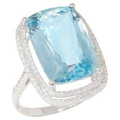 David Jerome 18 Karat White Gold Aquamarine and Diamond Ring