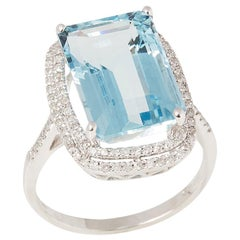 Certified 7.92ct Octagonal Aquamarine and Diamond 18ct gold Ring