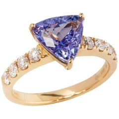 David Jerome 18 Karat Yellow Gold Tanzanite and Diamond Ring