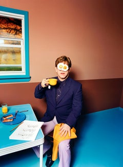 Elton John: Egg on His Face, New York