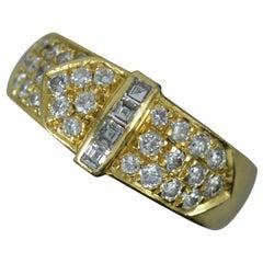 David Morris VS1 Diamond 18 Carat Gold Cluster Buckle Ring
