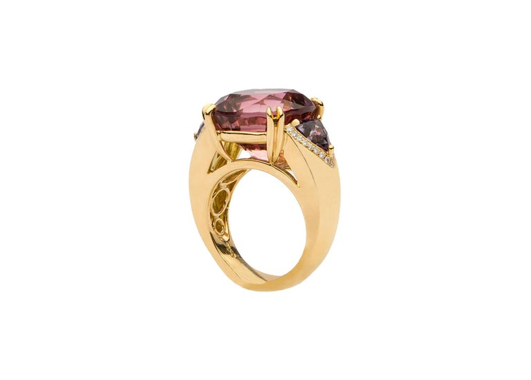David Precious Gems Tourmaline Spinel Gold Ring In Excellent Condition For Sale In Atlanta, GA