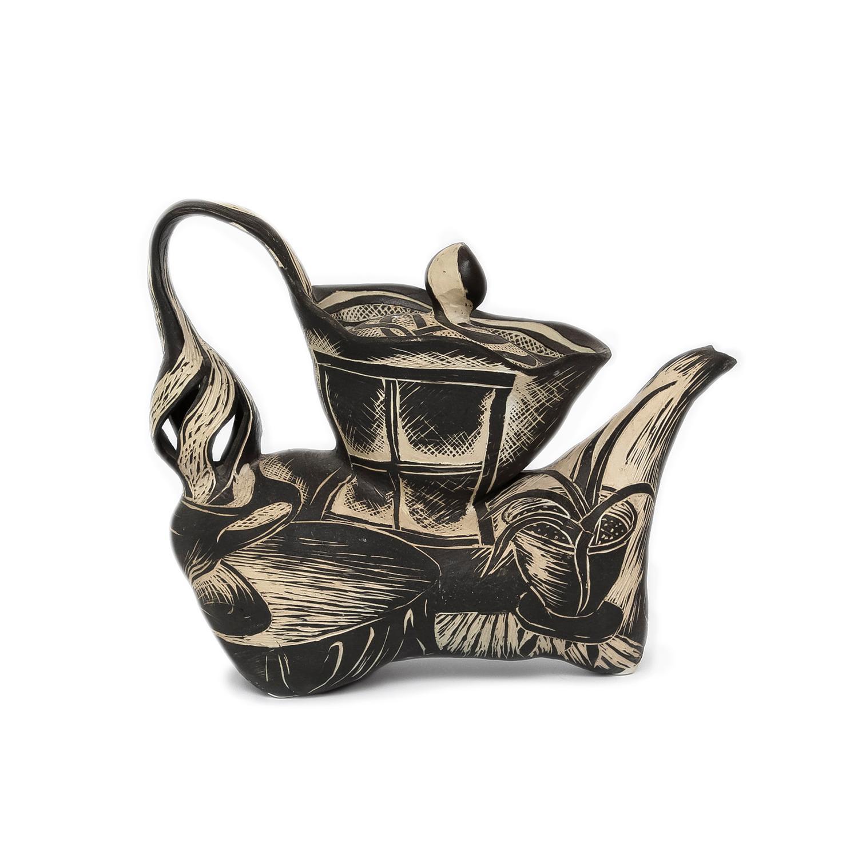 Black and White Teapot by David Regan (INV# NP2645)