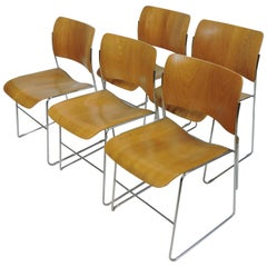 David Rowland 40/4 Mid-Century Modern Bentwood Stackable Chair
