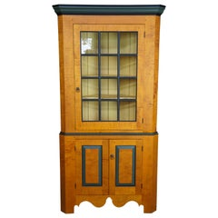 David T Smith Early American Colonial Curly Maple Corner Cupboard China Cabinet