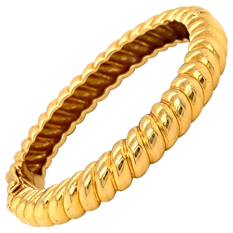 David Webb 18 Karat Gold Bangle Bracelet