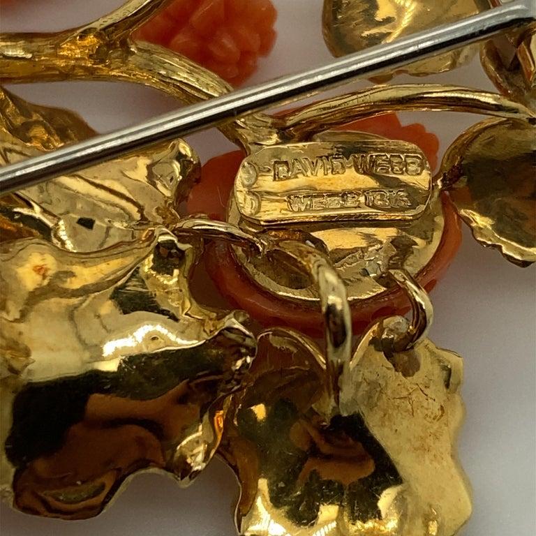 David Webb 18 Karat Gold and Carved Coral Floral Motif Brooch For Sale 2