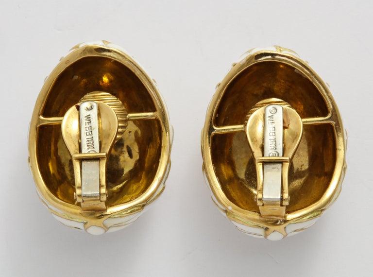Women's or Men's David Webb 18 Karat Gold and White Enamel Clip-On Earrings For Sale