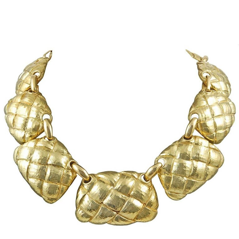 David Webb 18 Karat Gold Necklace