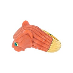 David Webb 18k Gold Solid Fluted Coral Panthere Lion Ring